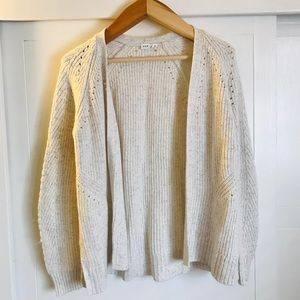 GAP light grey cardigan